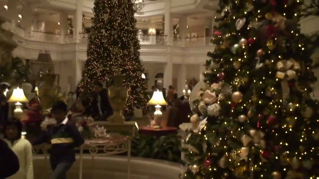 Disney hotel christmas decorations - Grand Floridian Christmas Decorations Tour At Walt Disney World