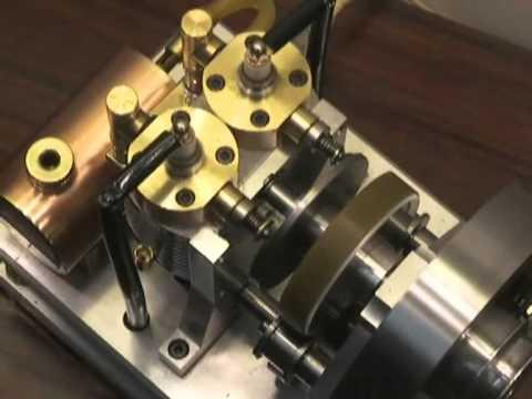 2-cylinder 4-stroke RoDuBelle engine wmv