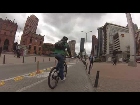 Bike Tour en Bogotá (Candelaria, Galerias, Parque Bolivar, Montserrat)