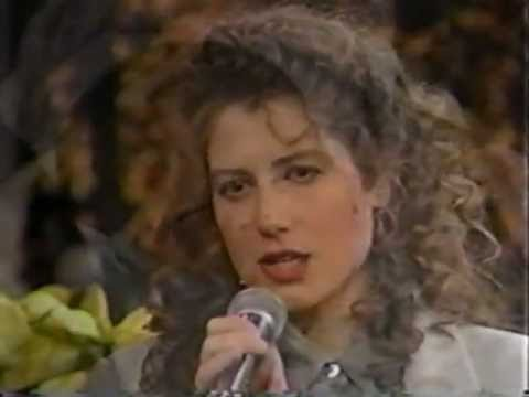 Amy Grant - Have Yourself A Merry Little Christmas - YouTube