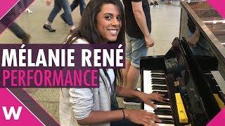 Mélanie René