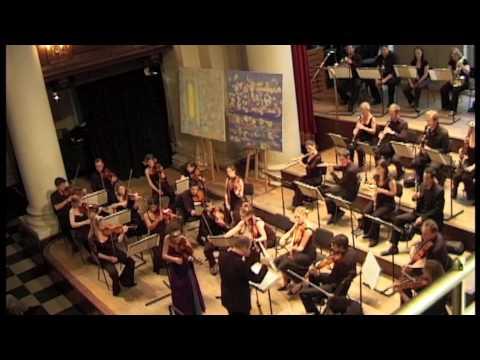 Alda Dizdari playing Bruch Violin Concerto Live from St. John's Smith Square