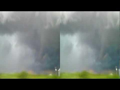3d view of shelf cloud in far western Illinois.
