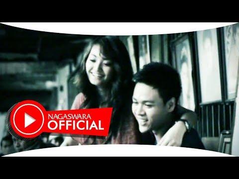 D'Zoull - Bukan Takdir Kita (Official Music Video NAGASWARA) #music