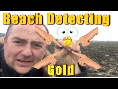 Im in a dream Amazing GOLD treasure find beach metal detecting & MUDLARKING 2018