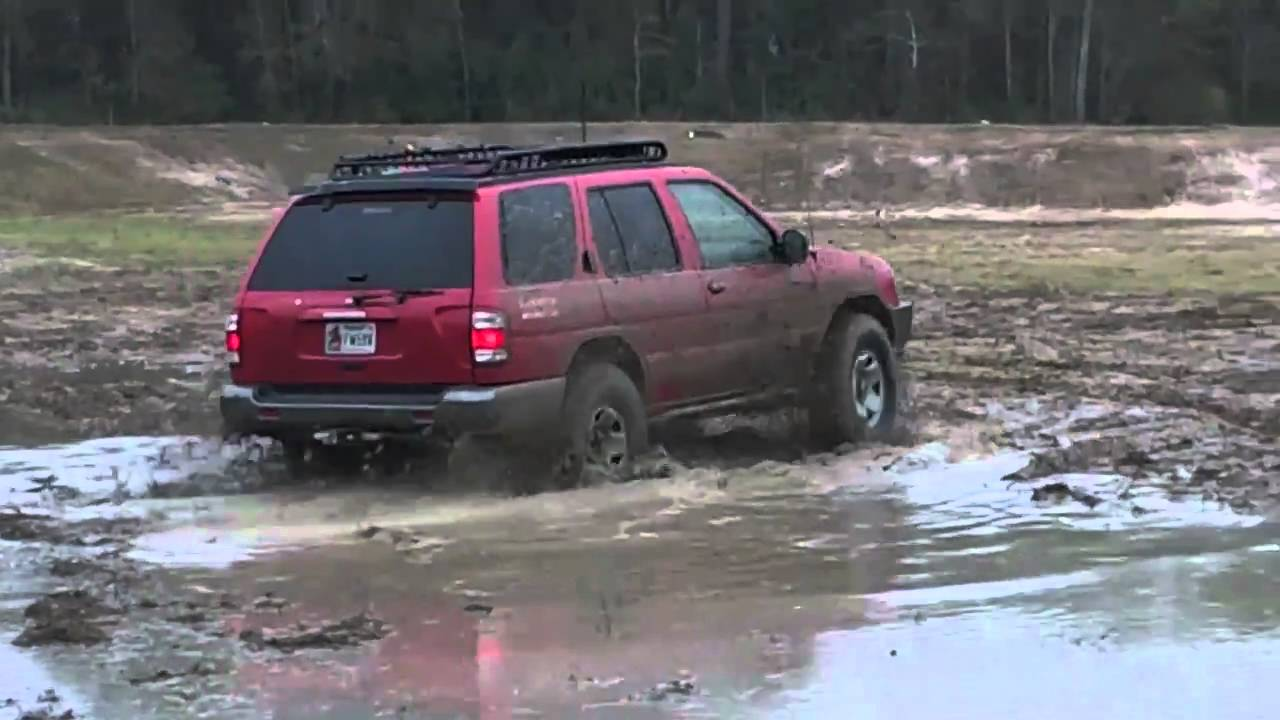 nissan pathfinder mudding youtube nissan pathfinder mudding