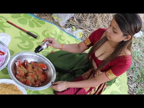 Hot KFC Chicken || Easy KFC Chicken Making || Food On Road