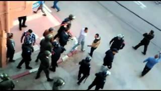 الكاميرا تسجل استعمال العنف ضد المعطلين بكليميم