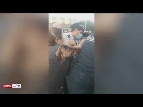 Տեսանյութ.«Ուշքի արի արա». քաշքշուկ ոստիկանների եւ տարեց քաղաքացիների միջեւ Ստեփանավանում