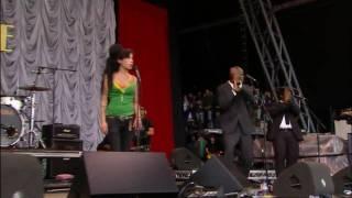 Amy Winehouse - Rehab LIVE at The Glastonbury 2007