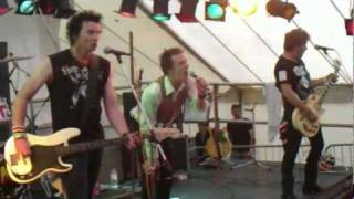 SEX PISTOLS EXPERIENCE - NEW YORK & HOLIDAYS IN THE SUN  - GUILFEST - GUILDFORD - 17.7.2011
