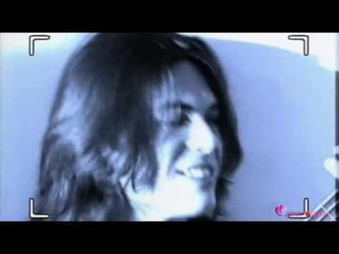 Gianluca Grignani   Mi Historia Entre Tus Dedos 1995) HD