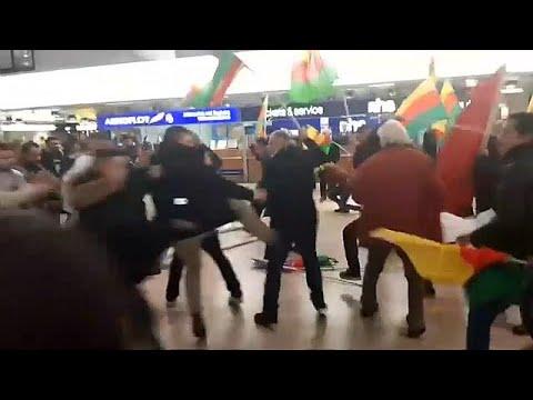 مطار هانوفر يتحول إلى ساحة عراك بين الأكراد والأتراك  - نشر قبل 2 ساعة
