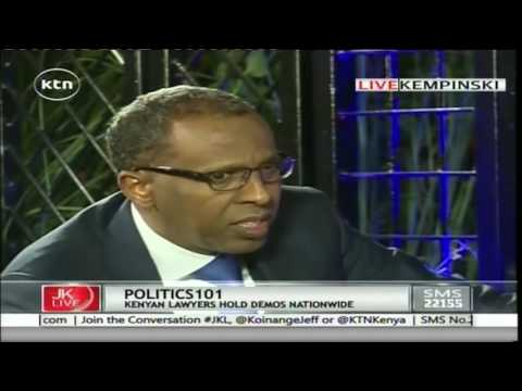"Ahmednasir Abdullahi ""breaks Miguna Migunia into smaller pieces""over his academic qualifications"