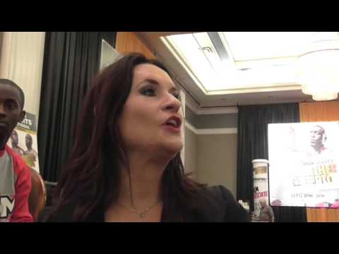 NFL Coach Jen Welter Chilling With Boxing Star Keith Thurman - EsNews Boxing