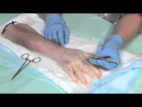 How to suture - part 1: handling surgical instruments