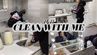 NEW ALL DAY CLEAN WITH ME 2021 | WHOLE APARTMENT CLEANING MOTIVATION