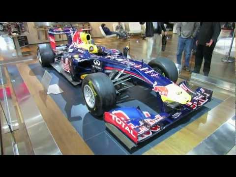 Infiniti Featuring Red Bull F1 Racing Car at 2012 Toronto Auto Show