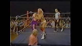 Hulk Hogan vs. Paul Morrett, Bimbo Larson 9-27-1980