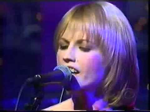 The Cranberries - Promises on David Letterman (1999)