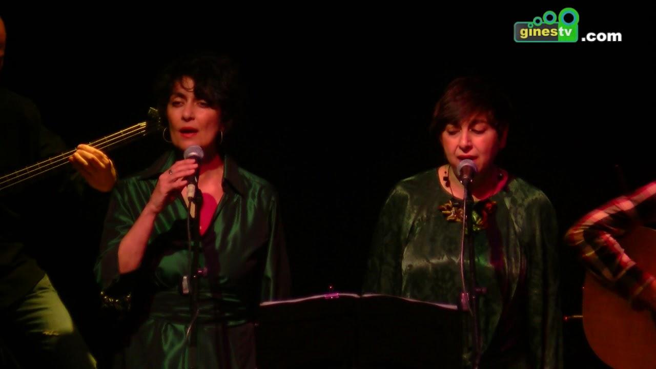 'Lubricatea' fusionó música y poesía llenando cada rincón de El Tronío