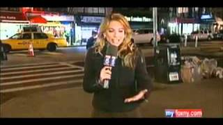 UFO mainstream news coverage MASS SIGHTINGS WORLDWIDE what is going on?!(Is this contact? - http://www.exploringinfinity.com/contact2012 Thanks to fidockave213 for making this video. Or is this project blue beam? Is it aliens?, 2011-04-08T04:38:44.000Z)