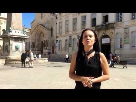 Place de la République em Arles