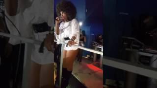 Concierto de Amara la negra discoteca Ku...