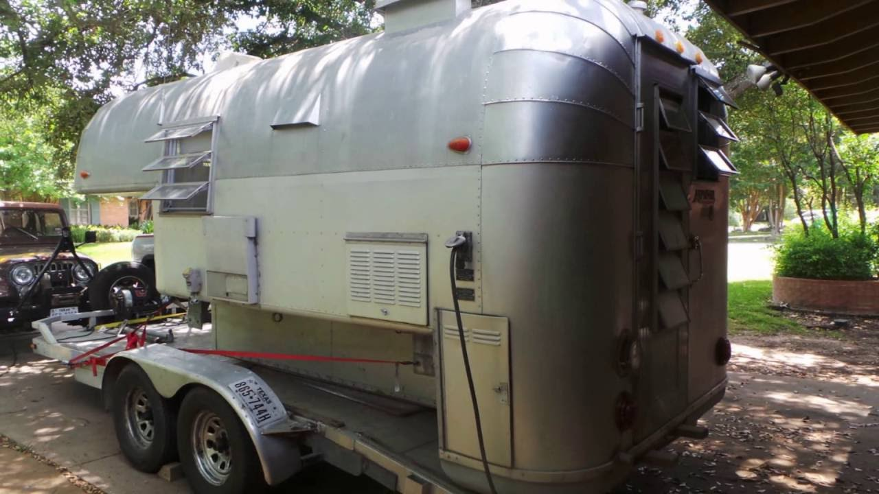 1965 AVION C-10 Aluminum Truck Camper - YouTube
