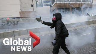 Hong Kong protesters rally around Mong Kok police station