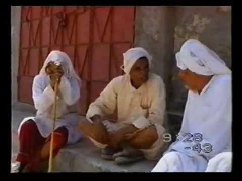 لقاء  مع بعض شخصيات بني جمرة 1986 تصوير أبو جون