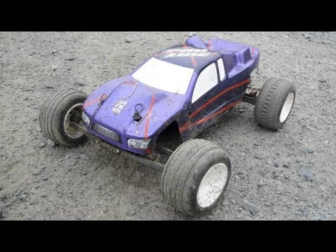 Huge Jumps With Bushless Power - ThunderTiger Phoenix ST II R/C Truggy