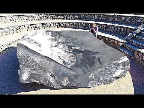 العثور على أكبر حجر ألماس في العالم في افريقيا .. لن تصدق كم يبلغ سعره الخيالي  - نشر قبل 51 دقيقة