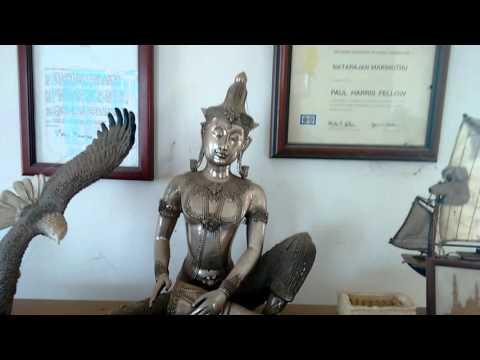 Banker became antique collector
