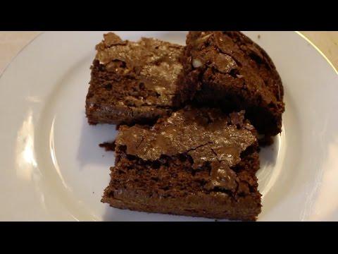 BROWNIE DE CHOCOLATE CON NATA Y NUECES Receta fácil y rápida