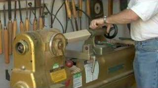 How To Use A Wood Lathe : Chucking Block With Wood Lathe