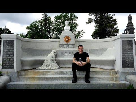 Harry Houdini's Grave