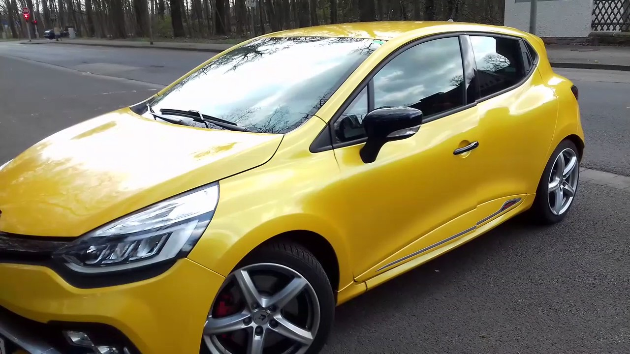 review 2017 renault clio rs trophy test review in depth. Black Bedroom Furniture Sets. Home Design Ideas