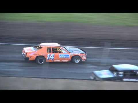 IMCA Stock Car feature Benton County Speedway 5/22/16