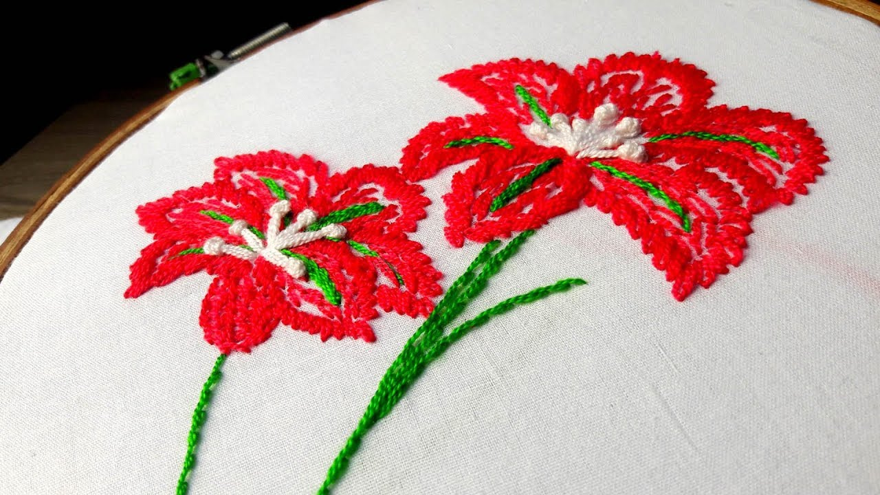 Hand Embroidery Hibiscus Flower Design Lazy Daisy With Feather