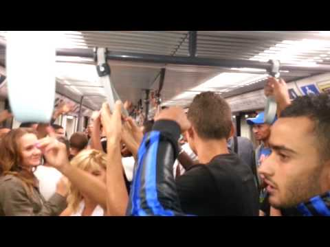 Discothèque Dans Le Metro De Lyon