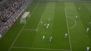 Marcus Alonso  through ball