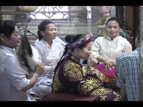 Thanh Đồng : Trần Thị Hồng hầu Quan Hoàng Bảy.flv