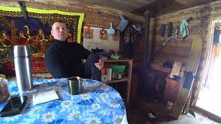 24 часа в тайге Живём в избе Подготовили избу к весеннему паводку