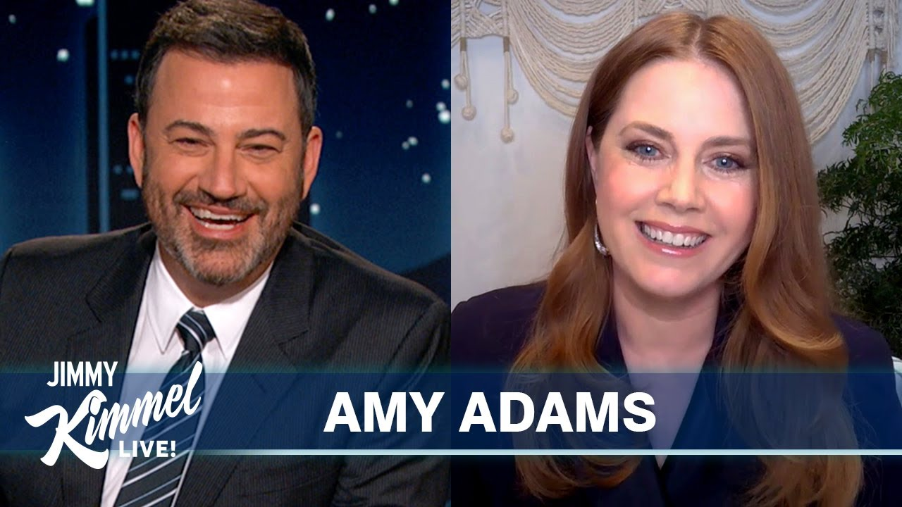 "Amy Adams on Playing ""FaceTime Roulette,"" New Robert De Niro Crush & Thanksgiving Plans"