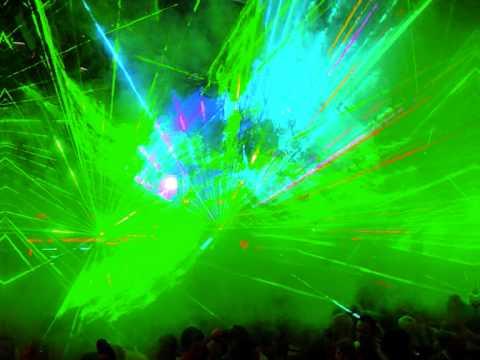 Lady Gaga vs. Eurythmics - Sweet Dance (Bootleg Mix)
