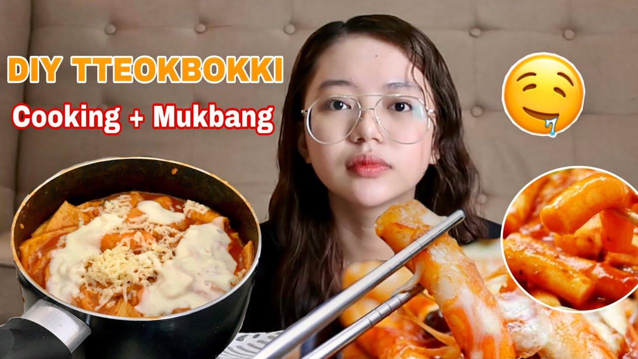 DIY TTEOKBOKKI (KOREAN RICE CAKE) Cooking + Mukbang | Philippines