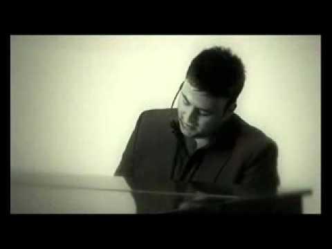 Shu Sser Videoclip by Gabriel Abdel Nour - Lebanes...
