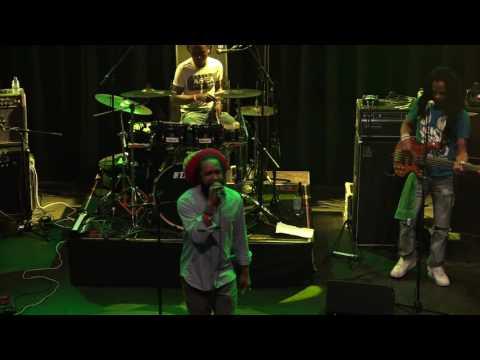 Micah Shemaiah 14-07-2016 GebouwT Bergen Op Zoom NL