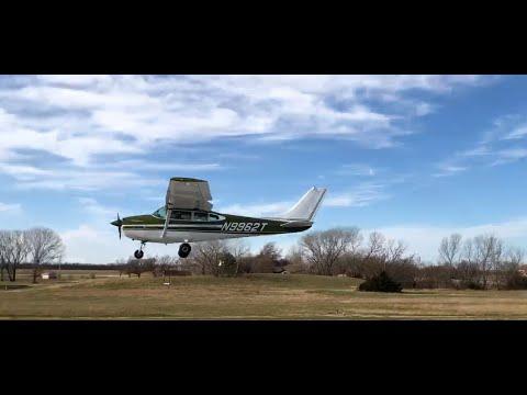 Nebraska Pilots Group (impromptu) Stearman Field Fly-in